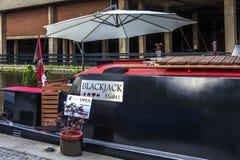 Φορτηγίδα χαρτοπαικτικών λεσχών στη λεκάνη Paddington στο Λονδίνο Στοκ Φωτογραφίες