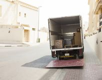Φορτηγό ή φορτηγό παράδοσης έτοιμο για το φορτίο στοκ εικόνα με δικαίωμα ελεύθερης χρήσης