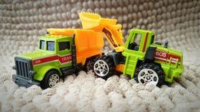 Φορτηγό και φορτωτής Στοκ Φωτογραφίες