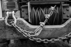 Φορτηγό με το βαρούλκο συνημμένο Στοκ Εικόνες