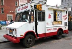 Φορτηγό παγωτού στοκ φωτογραφία με δικαίωμα ελεύθερης χρήσης