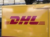 Φορτηγό παράδοσης DHL Στοκ φωτογραφία με δικαίωμα ελεύθερης χρήσης