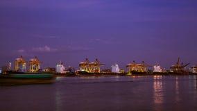 Φορτηγό πλοίο εμπορευματοκιβωτίων, εισαγωγή-εξαγωγή, αντίληψη μεταφορών επιχειρησιακών για την διοικητική μέριμνα αλυσιδών εφοδια