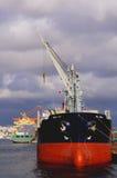 Φορτηγό πλοίο στο λιμένα Στοκ φωτογραφία με δικαίωμα ελεύθερης χρήσης