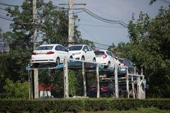 Φορτηγό ρυμουλκών μεταφορέων ομάδας διοικητικών μεριμνών ANI για το αυτοκίνητο της Honda Στοκ φωτογραφίες με δικαίωμα ελεύθερης χρήσης