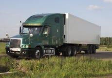 Φορτηγό ρυμουλκών φορτίου στοκ φωτογραφία με δικαίωμα ελεύθερης χρήσης