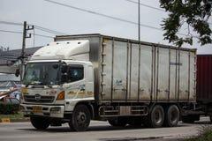 Φορτηγό φορτίου εμπορευματοκιβωτίων ρυμουλκών της μεταφοράς καισίου και λογιστικός στοκ φωτογραφίες