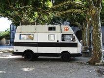 Φορτηγό χίπηδων στοκ φωτογραφία με δικαίωμα ελεύθερης χρήσης