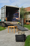 φορτωμένο truck επαναμετάθεσ& στοκ φωτογραφίες με δικαίωμα ελεύθερης χρήσης