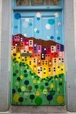 Φουνκάλ, Μαδέρα - η τέχνη της ανοιχτής πόρτας στην οδό της Σάντα Μαρία Στοκ φωτογραφία με δικαίωμα ελεύθερης χρήσης
