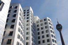 Φουτουριστικά σπίτια Gehry σε Medienhafen σε DÃ ¼ sseldorf, Γερμανία Στοκ Φωτογραφία