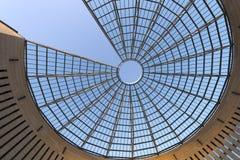 Φουτουριστικός θόλος γυαλί-χάλυβα - Rovereto Ιταλία Στοκ Φωτογραφία