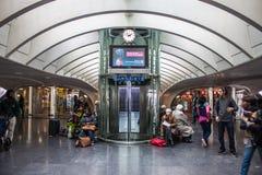 Φουτουριστικός σιδηροδρομικός σταθμός Λιέγη-Guillemins Στοκ εικόνες με δικαίωμα ελεύθερης χρήσης