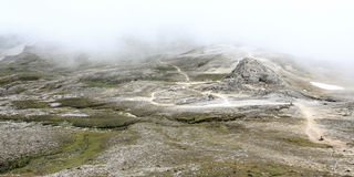 Φουτουριστικό τοπίο βουνών Στοκ Φωτογραφία