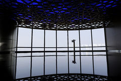 Φουτουριστικό δωμάτιο στο Ντουμπάι Στοκ Φωτογραφίες