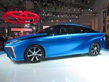 Φουτουριστικό όχημα κυττάρων καυσίμου της Toyota Στοκ εικόνα με δικαίωμα ελεύθερης χρήσης