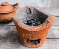 Φούρνος αργίλου για το μαγείρεμα Στοκ Εικόνες