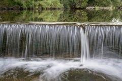 Φράγμα παρεκτροπής ποταμών στον ποταμό Poudre Στοκ φωτογραφία με δικαίωμα ελεύθερης χρήσης