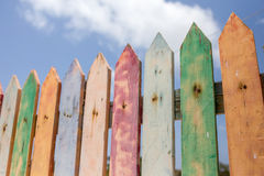 Φράκτης στύλων Colorfull Στοκ εικόνες με δικαίωμα ελεύθερης χρήσης