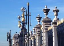 Φράκτης της Royal Palace στη Μαδρίτη Ισπανία στοκ εικόνα