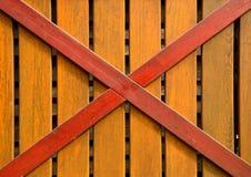 Φράκτης Wodden με το σταυρό Στοκ φωτογραφία με δικαίωμα ελεύθερης χρήσης