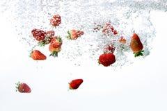 φράουλα φυσαλίδων ανασκόπησης στοκ εικόνα με δικαίωμα ελεύθερης χρήσης
