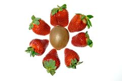 φράουλες ακτινίδιων Στοκ Εικόνες