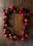 φράουλες κερασιών στοκ εικόνες