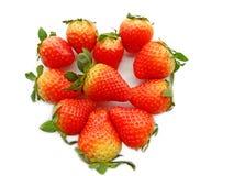 φράουλες μορφής καρδιών Στοκ εικόνες με δικαίωμα ελεύθερης χρήσης