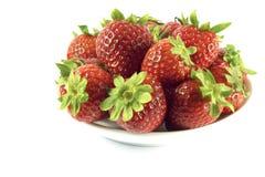 φράουλες πιάτων στοκ εικόνα με δικαίωμα ελεύθερης χρήσης