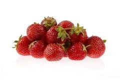 Φράουλες που απομονώνονται Στοκ φωτογραφία με δικαίωμα ελεύθερης χρήσης
