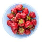 Φράουλες σε ένα πιάτο που απομονώνεται στο άσπρο υπόβαθρο Φράουλα Στοκ φωτογραφία με δικαίωμα ελεύθερης χρήσης