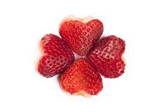 Φράουλες στην καρδιά που διαμορφώνεται Στοκ εικόνα με δικαίωμα ελεύθερης χρήσης