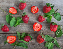 Φράουλα και μέντα Στοκ εικόνες με δικαίωμα ελεύθερης χρήσης