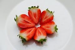 Φράουλα μισή Στοκ φωτογραφία με δικαίωμα ελεύθερης χρήσης