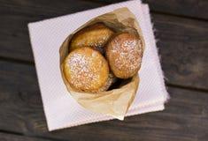Φράουλα donuts Στοκ φωτογραφία με δικαίωμα ελεύθερης χρήσης
