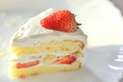 Φράουλα shortcake ή cheesecake φραουλών πιάτο Στοκ Εικόνες