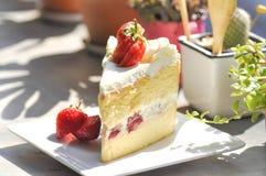 Φράουλα shortcake ή cheesecake φραουλών Στοκ φωτογραφίες με δικαίωμα ελεύθερης χρήσης