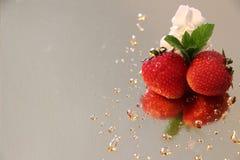φράουλες κρέμας Στοκ φωτογραφίες με δικαίωμα ελεύθερης χρήσης