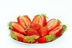 Φράουλες σε ένα πιατάκι Στοκ Εικόνες