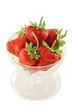 Φράουλες στο κύπελλο Στοκ φωτογραφίες με δικαίωμα ελεύθερης χρήσης