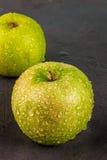 Φρέσκα ακατέργαστα πράσινα μήλα Στοκ εικόνα με δικαίωμα ελεύθερης χρήσης