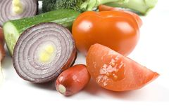 Φρέσκα λαχανικά στο λευκό Στοκ φωτογραφία με δικαίωμα ελεύθερης χρήσης