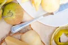 Φρέσκα αχλάδια και τυρί Στοκ εικόνα με δικαίωμα ελεύθερης χρήσης