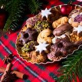 Φρέσκα και νόστιμα μπισκότα Χριστουγέννων Στοκ Εικόνες