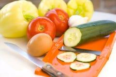 φρέσκα λαχανικά προετοιμασιών Στοκ Φωτογραφία