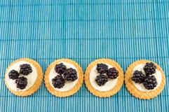 Φρέσκα μπισκότα βατόμουρων Στοκ Φωτογραφίες