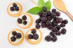 Φρέσκα μπισκότα βατόμουρων Στοκ φωτογραφία με δικαίωμα ελεύθερης χρήσης