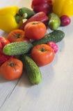 Φρέσκα νέα λαχανικά, μια εύγευστη σαλάτα Στοκ Εικόνες