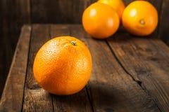 φρέσκα πορτοκάλια ώριμα Στοκ Φωτογραφίες